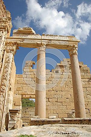 Roman columns, Libya