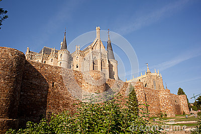 Roman walls and Episcopal Palace, Astorga