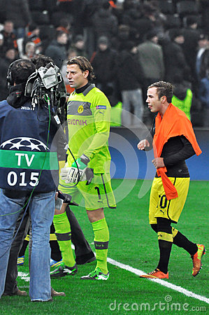 Roman Weidenfeller and Mario Götze Editorial Stock Image