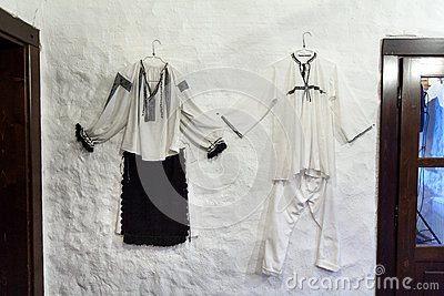 Romanian peasant clothes