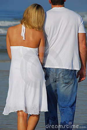 Free Romantic Beach Stroll Stock Photography - 6414612