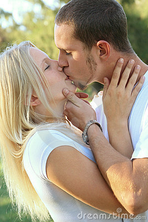 quotes about kissing him. girlfriend (Quotes on Kissing