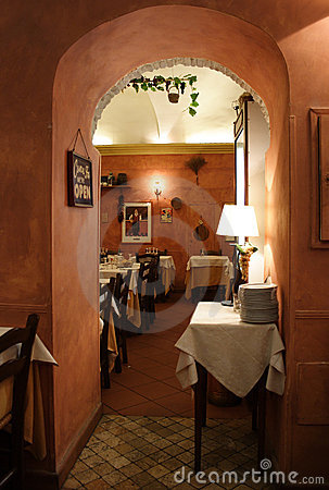 Free Romantic Italian Restaurant Royalty Free Stock Image - 4284066