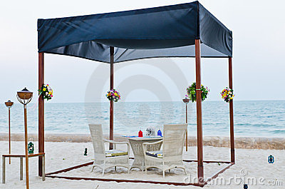 Romantic set up table for special occassion