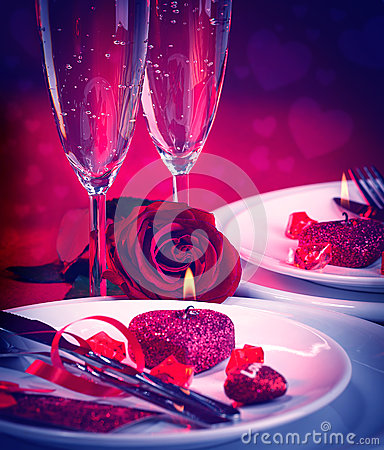 Free Romantic Table Setting Royalty Free Stock Photo - 66214665