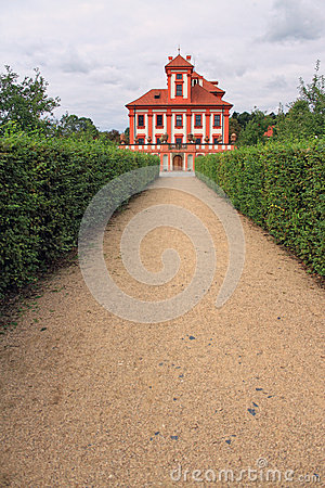 Romantisches Troja Schloss
