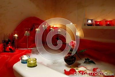 Romantyczny kąpielowy.