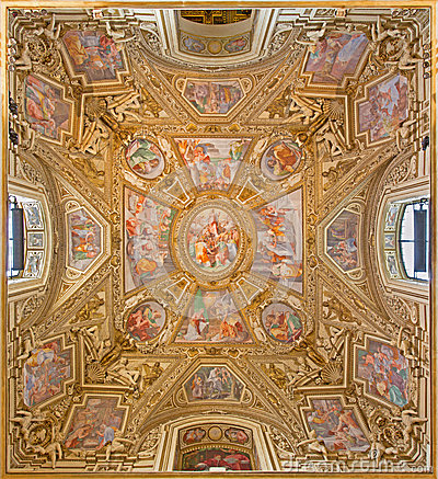 Free Rome -  Assumption Of The Virgin  By Domenichino On The Ceiling Of Side Chapel Of Basilica Di Santa Maria In Trastevere. Stock Photography - 52986232