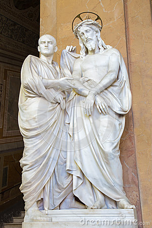 Free ROME, ITALY:  Marble Sculpture Ecce Homo (Christ And Pilate). The Vestibule Of Church Chiesa Di San Lorenzo Stock Images - 68753974