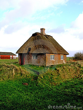 Free Romo Island Sod Roof Cottage Southern Denmark Royalty Free Stock Photo - 1695335