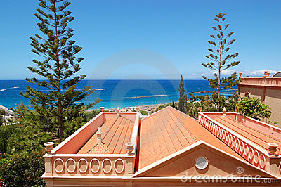 Roof of the villa and beach
