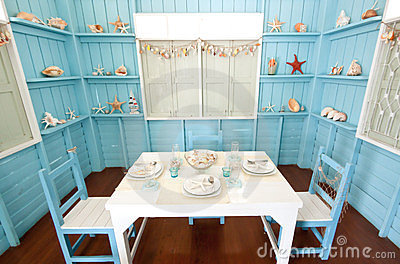 Room and Table setting in maritime style
