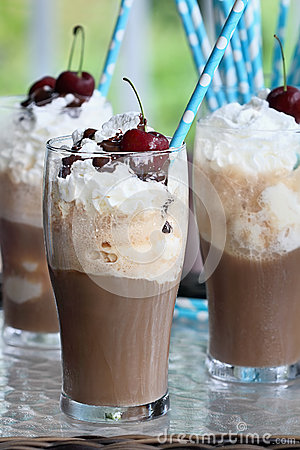 Free Root Beer Floats Stock Photos - 74070003