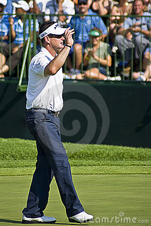 Rory Sabbatini Waving to the Crowd Editorial Stock Image