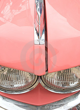 Rosafarbenes Sechzigerautodetail