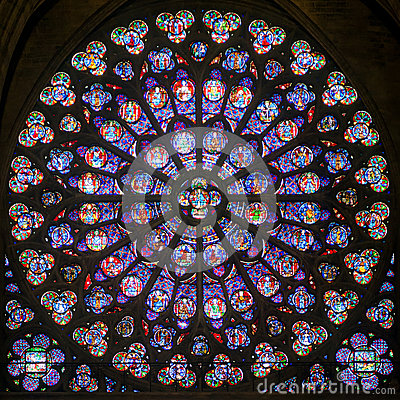 Free Rose Stained Glass Window In The Cathedral Of Notre Dame De Pari Royalty Free Stock Photo - 34908325
