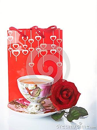 Rose y taza