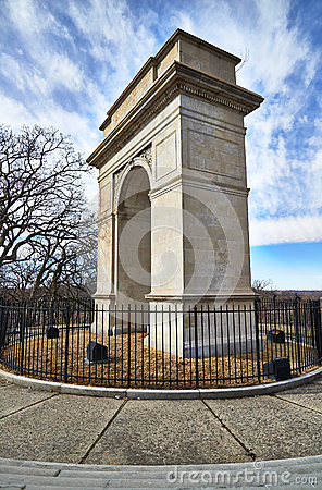 Rosedale Arch War Memorial in Kansas City