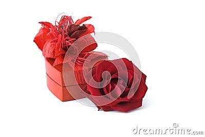 [♥] «•كلكشن هدايا~ خيالية من تجمعي [♥] «• Roses-avec-le-cadre-de-cadeau-thumb4268459