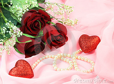 Roses, pearls and hearts