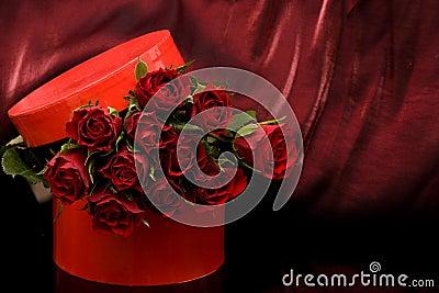 [♥] «•كلكشن هدايا~ خيالية من تجمعي [♥] «• Roses-rouges-thumb6998209