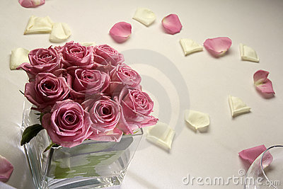 Roses on wedding table