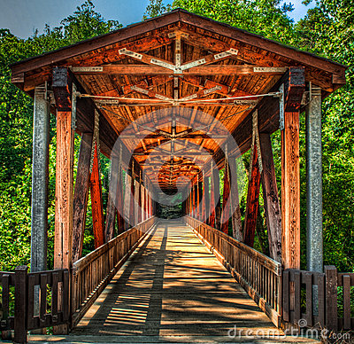 Free Roswell Mill Covered Bridge Stock Photo - 25207340