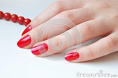 Rote Nägel