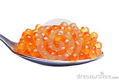Roter Kaviar im Löffel
