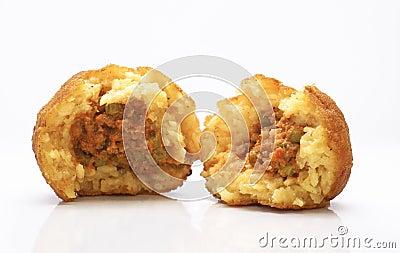 Rotisserie siciliano. Arancina con il ragu.