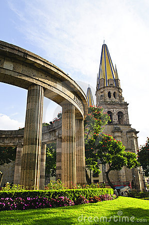Rotunda of Jalisciences and Guadalajara Cathedral