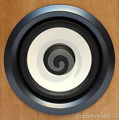 Round bass sound speaker