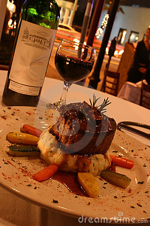 Round beef (beef and wine)
