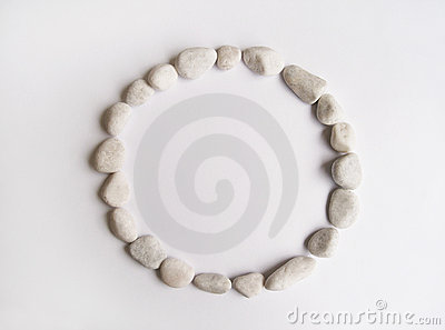 Round frame of pebbles