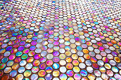 Round glass mosaic tile