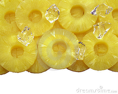Round sliced pineapple