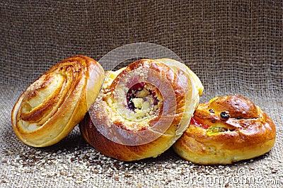 Round sweet buns