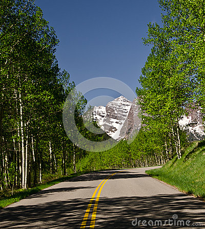 Route to Maroon bells