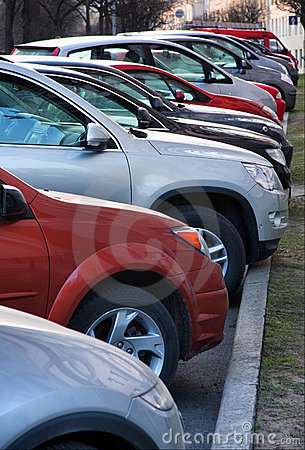 Free Row Of Cars Parking Royalty Free Stock Photo - 14281955