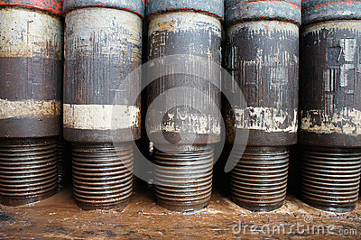 Row of Tool Joint at Pin End of Drillpipe