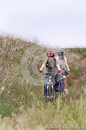 Roweru góry nastolatek