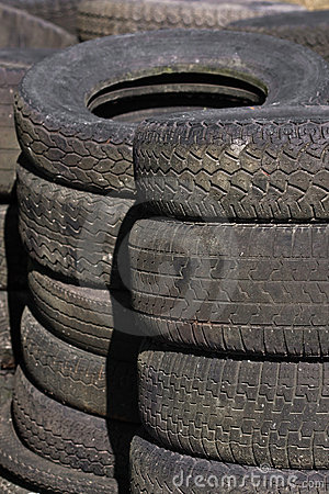 Rows of stacked tyres (4)