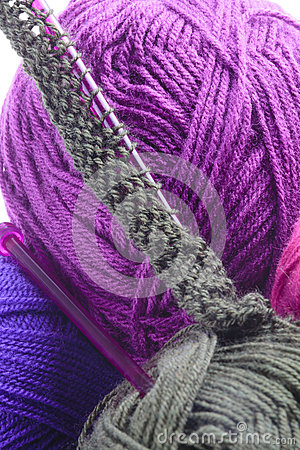 Knitting Cast On Stitches In Middle Of Row : Rows Of Stitches On A Knitting Needle Stock Photo - Image: 49197069