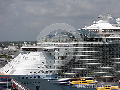 Royal Caribbean Oasis of the Seas Editorial Stock Image