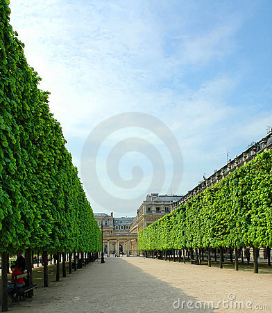 Royal garden avenue