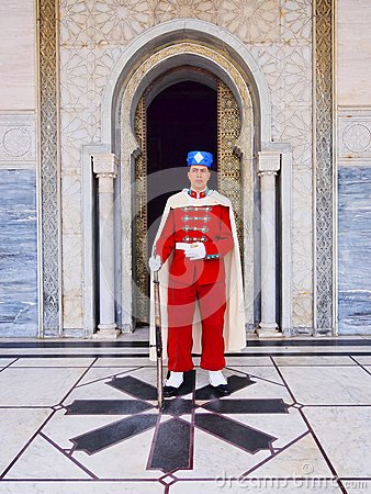 Free Royal Guard In Front Of The Mausoleum Of Mohammed V In Rabat Stock Photos - 33928583
