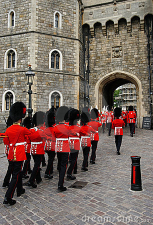 Free Royal Guards Royalty Free Stock Image - 157506