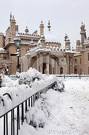 Royal pavilion brighton snow winter
