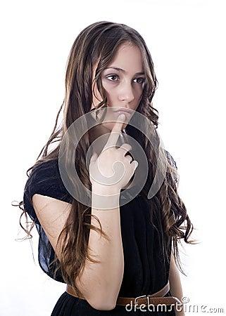Rozważna piękna kobieta