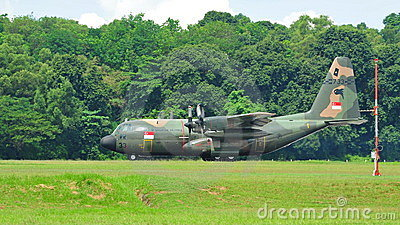 c 130 military transport aircraft  of Singapore Air Force